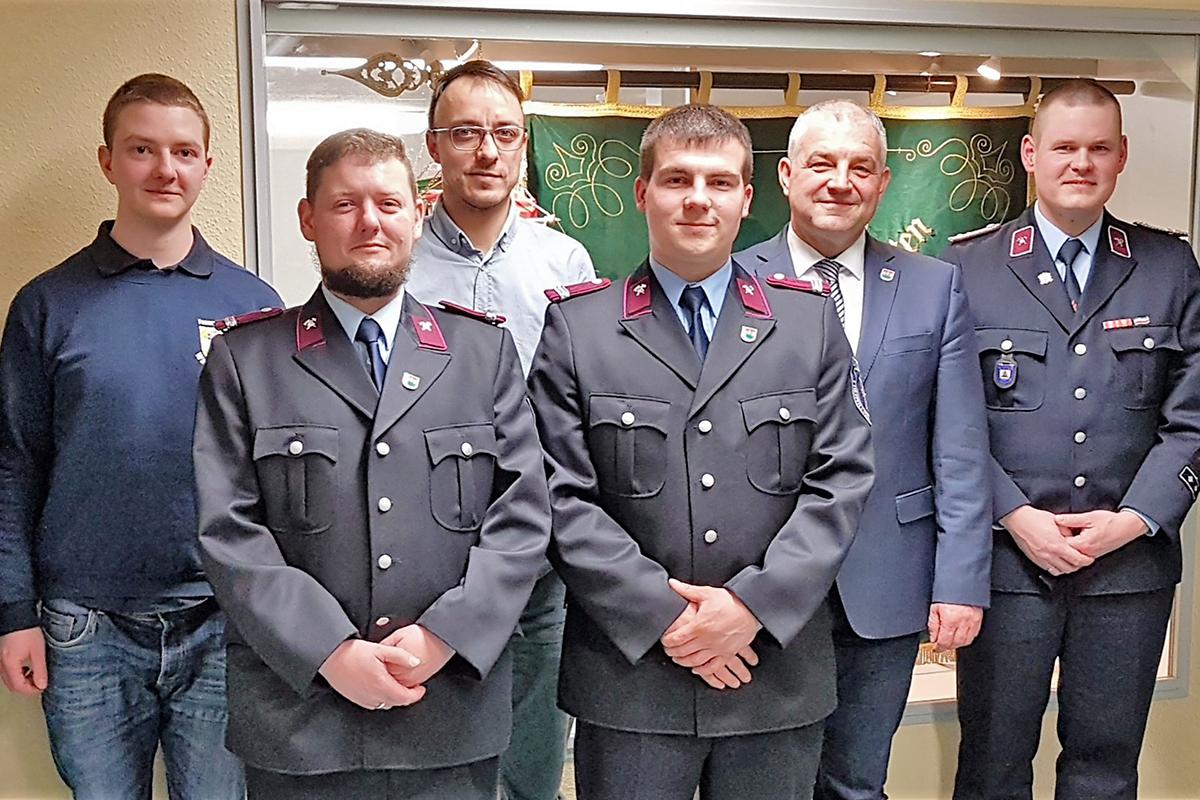 Burgen-Blick - Jahreshauptversammlung der Freiwilligen Feuerwehr Wandersleben