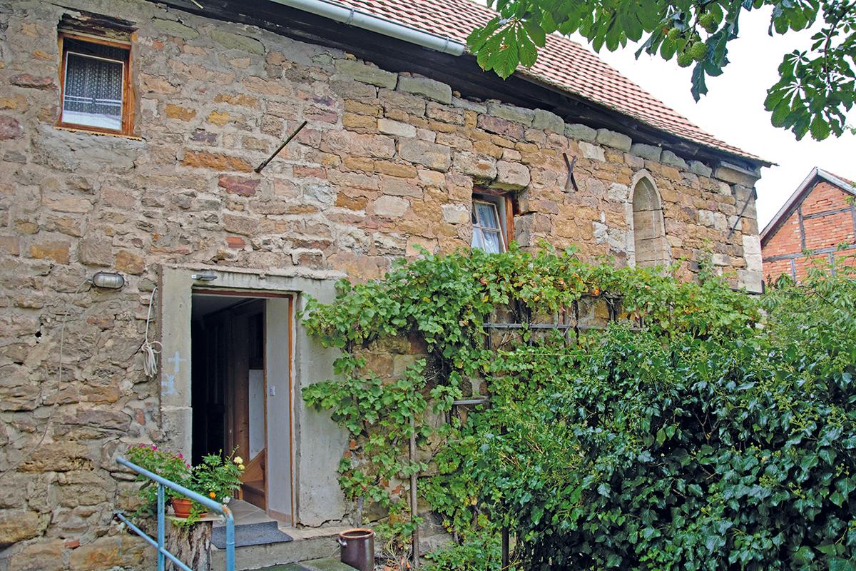 Burgen-Blick - Serie alte Gebäude - Steinhaus auf dem St. Annenberg, Holzhausen