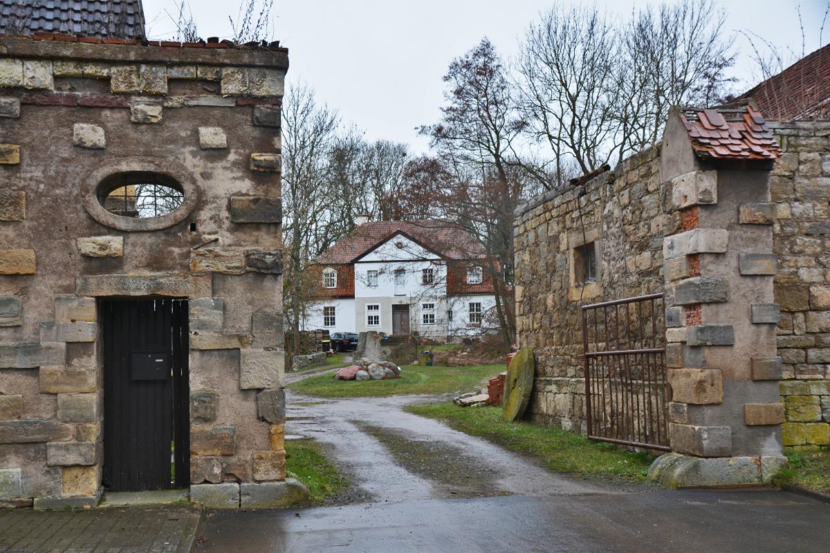 Burgen-Blick - Serie alte Gebäude - Wasserburg Schwabhausen