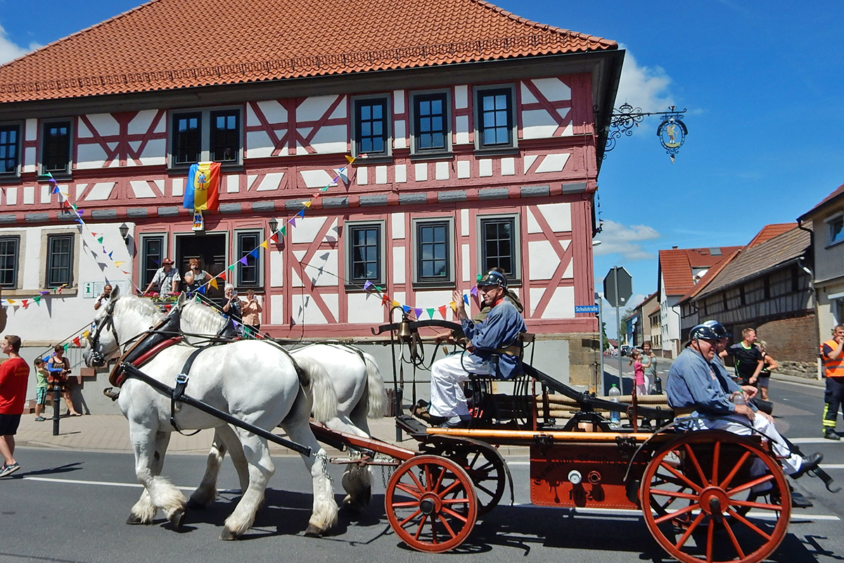 Burgen-Blick - 145 Jahre Freiwillige Feuerwehr Wandersleben