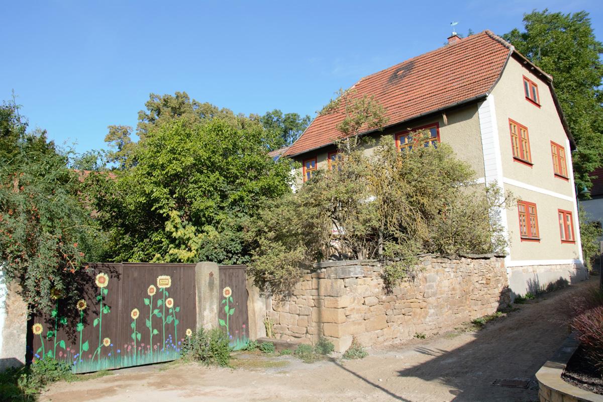 Burgen-Blick - Serie alte Gebäude - Altes Pfarrgehöft Cobstädt