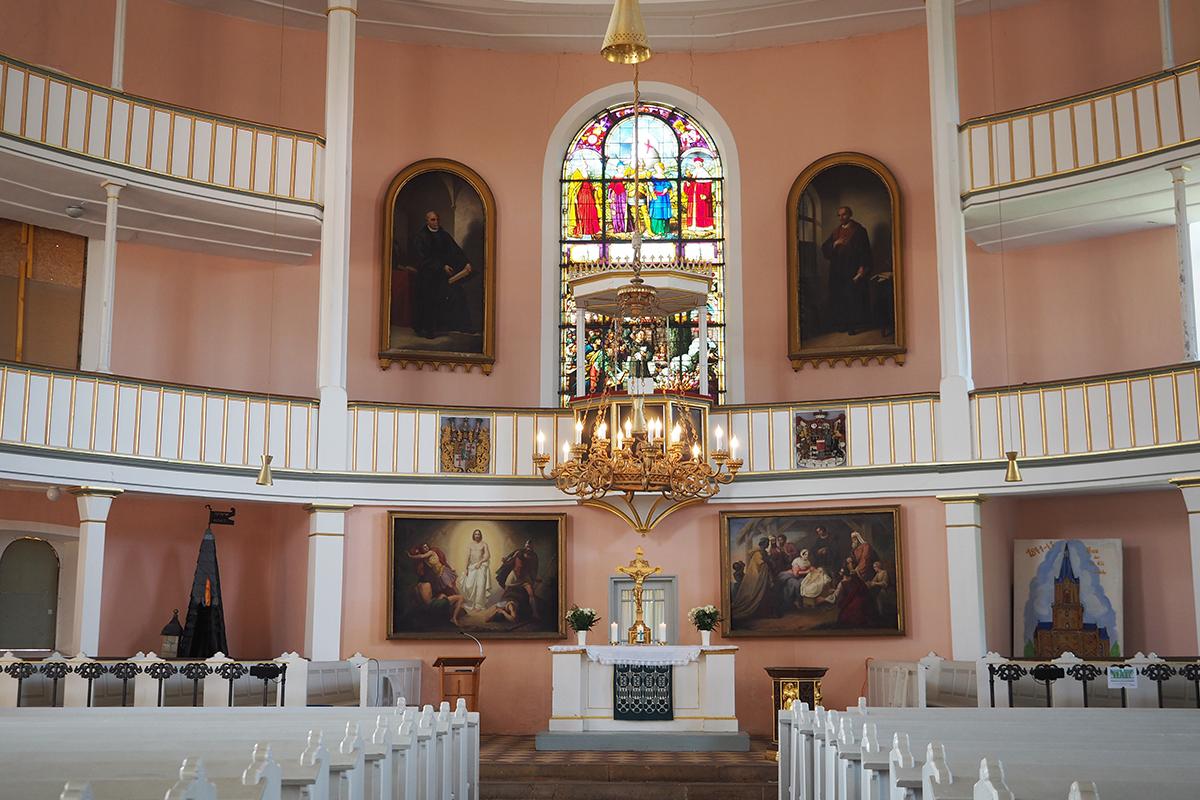 Burgen-Blick - Kirmesbeginn mit dem Kirchweihgottesdienst in der St. Viti Kirche